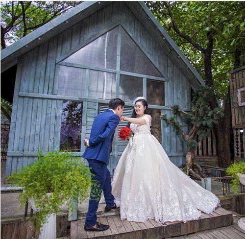 mẫu áo cưới dành cho cô dâu mập